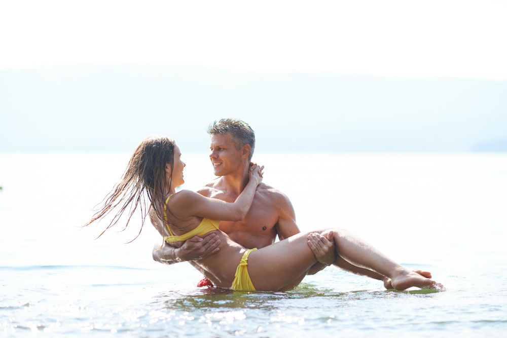 8 ideias de sexo para apimentar o verão